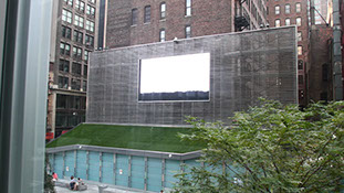 The Video Art Horizontes screened at a large outdoor screen